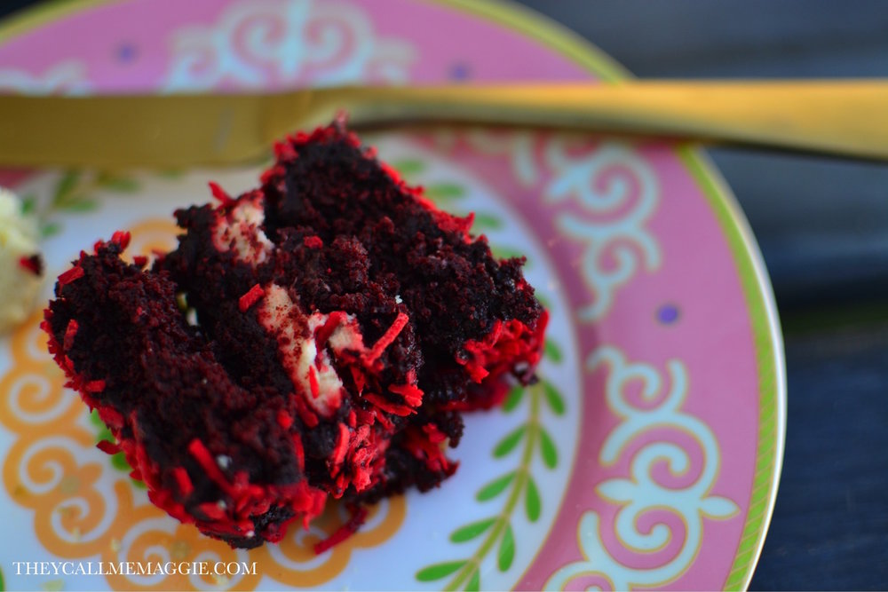 red-velvet-brownie.jpg