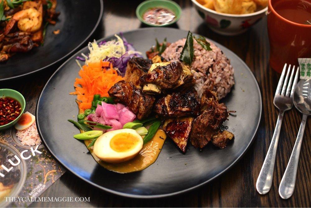 Meet the Bakars grill - beef ribs.