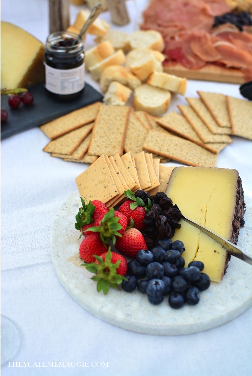 cheese-crackers-platter.jpg