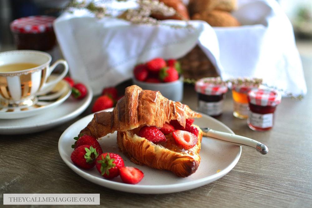 strawberry-croissant.jpg
