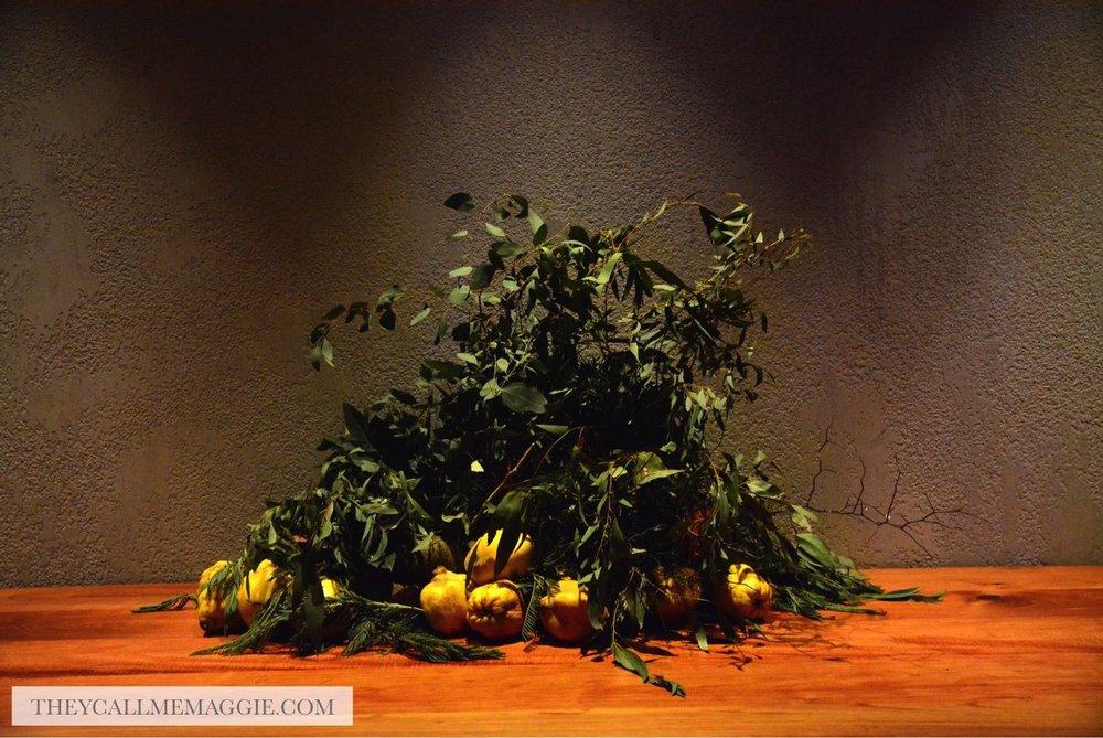 lemons-table-decoration.jpg