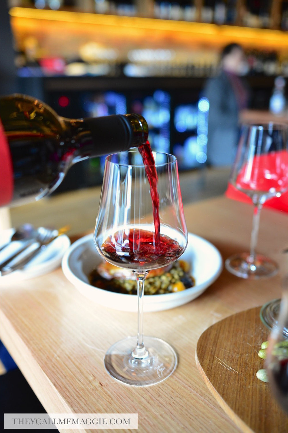 wine-pouring-shot.jpg