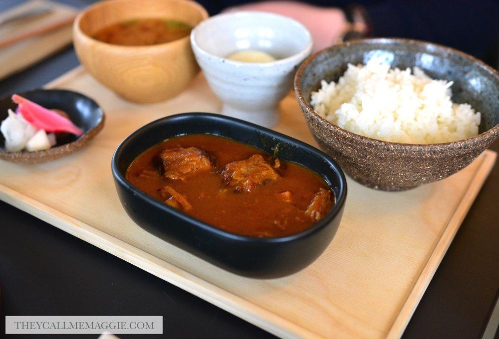 Japanese-beef-curry-bento.jpg