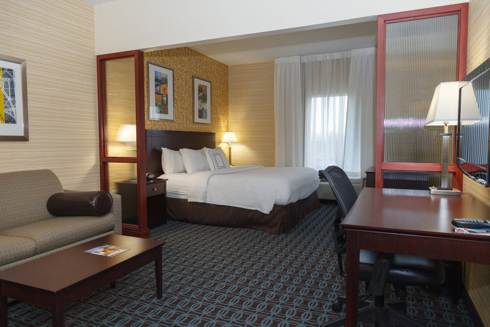 Marriott Fairfield Suites Somerset New Jersey Guest Room with King Bed and Living Space