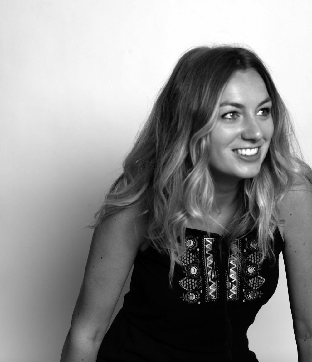 JADE HENDERSON    Account Manager