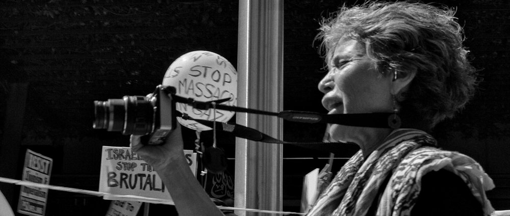 """Activist :: Photographer"""