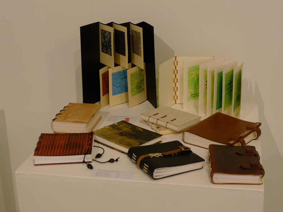 Yoka Leather, strap bindings, Gallery books