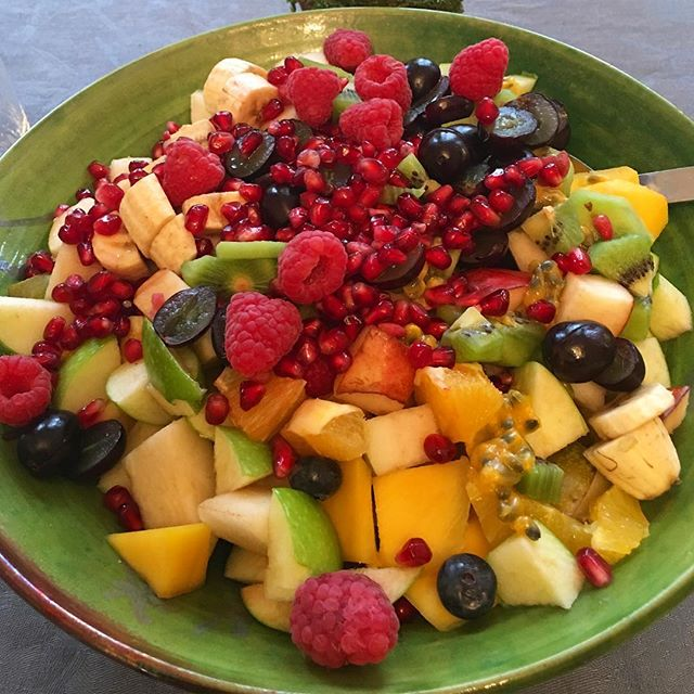 Bursting with freshness. This is my kind of sweet bowl :) #sugarfreechildhood #sugarfree #fruitsalad #fruit #healthypudding #desserts #kids #children #healthysnacks #wanttodiginnow #glutenfree #dairyfree #vegan #eathealthy #lovefood