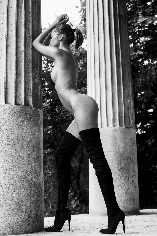 nude fashion story by samuel sarfati -4.jpg