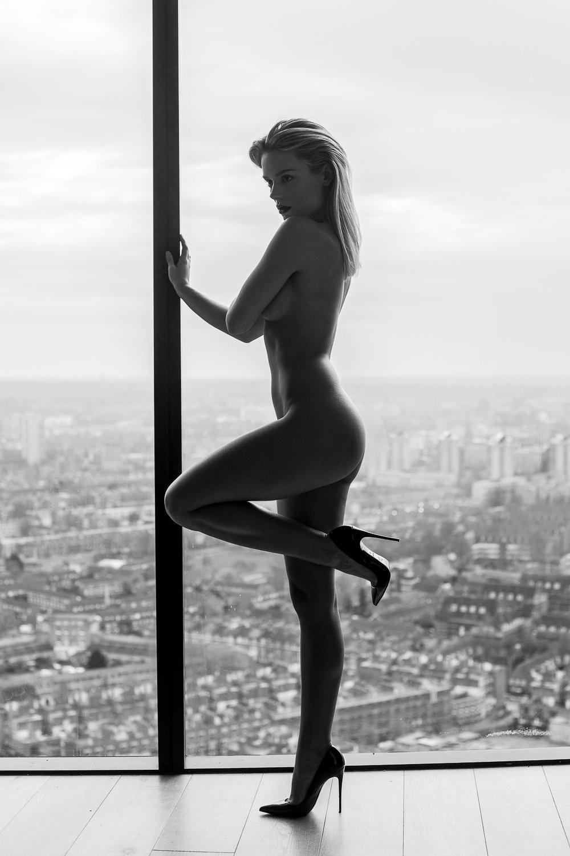 nude fashion story by samuel sarfati -12.jpg