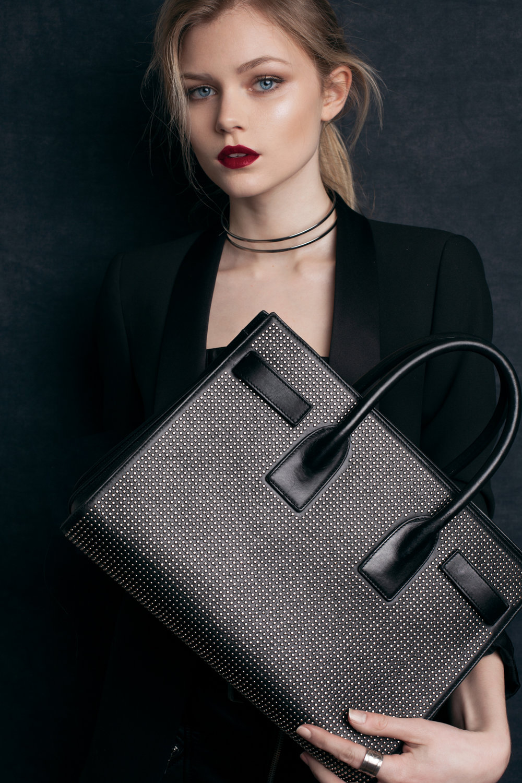 Synnove editorial fashion by samuel sarfati photographer in london and paris-9.jpg