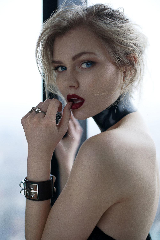 samuel sarfati portrait fashion model synnove london --5.jpg