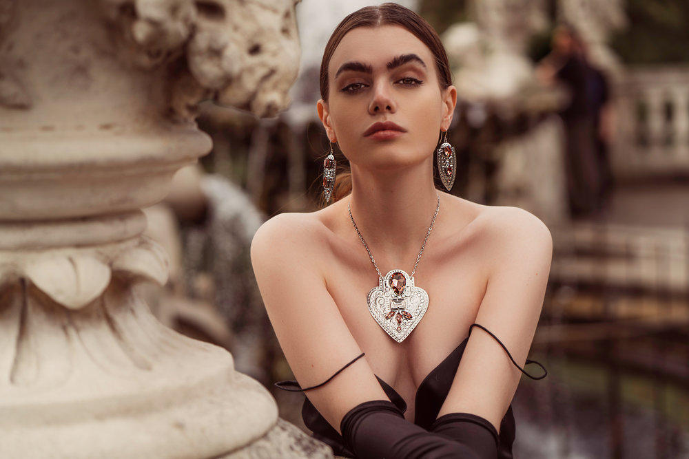 GILL-CLEMENT-MUSE-COLLECTION-JEWELLERY-SHOP-ONLINE-LOOK-BOOK-4.jpg