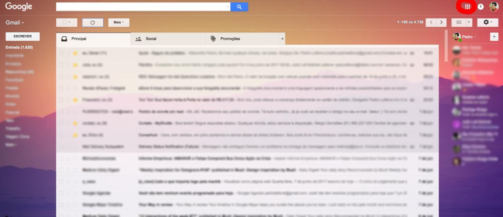 No seu desktop, quando entrar na sua conta Gmail é no canto superior direito, que você encontra todos os seus aplicativos Google, para acessar o Google Photos é só procurar a imagem do catavento nesse menu.
