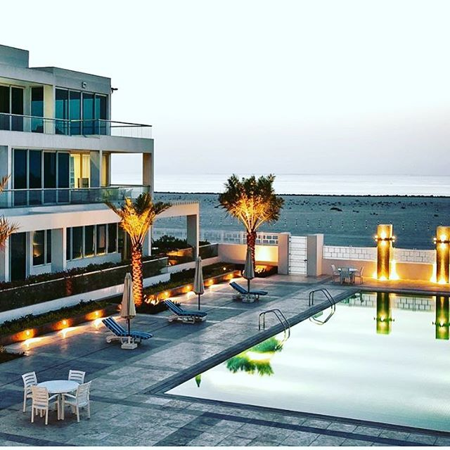 @chrisboswell_  bring us some Dubai style #Bozstyle #LuxuryHome #DreamHome #Luxury #RealEstate #ModernHome #Millionaire #Design #Architecture #ArchitectureLovers #Wealth #Realtor #Modern #Success #Entrepreneur #GodIsGood #DreamBig #Modernism #InteriorDesign #Decor #InteriorDecor #Decorating #Mansion #Celebrity #Gorgeous #Contemporary #Style