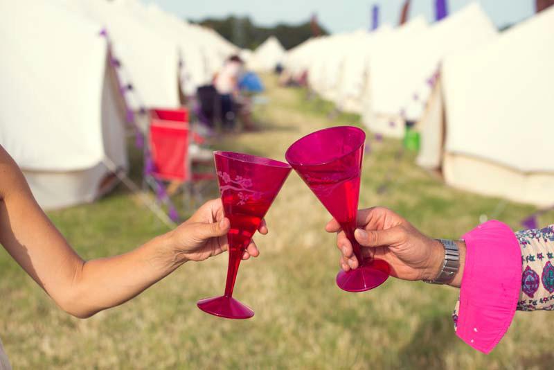 Festivas Toasting Wine Glasses