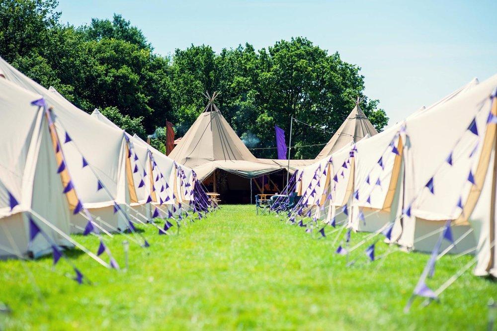 hotel-bell-tent-festivals.jpg & Hotel Bell Tent