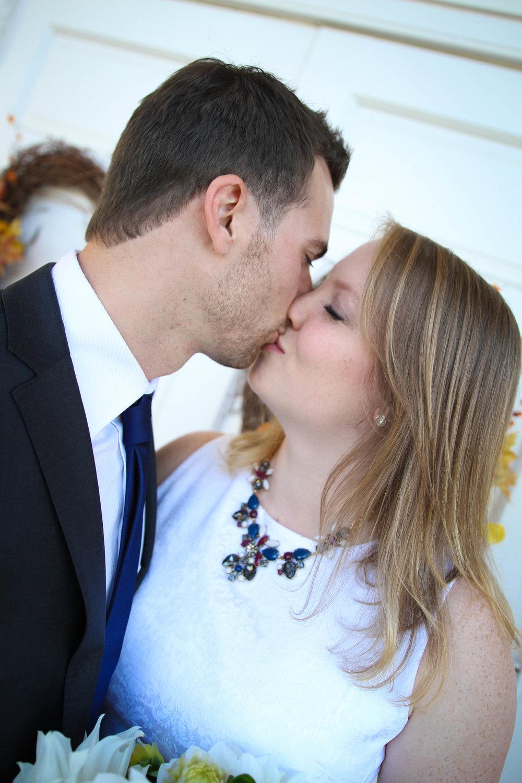 Caitlin & Julien | Maral Noori Photography | Wedding Elopement Photographer | Lynchburg, Virginia Photographer