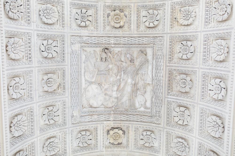 Paris, France Travel Blog | Tips | Tricks | Prints | Maral Noori Photography | Carrousel Arc de Triomphe