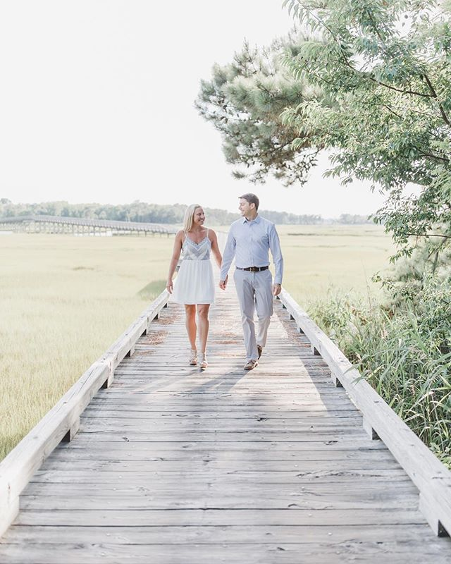 Walking into the weekend with my boo. Quite literally— we are going on a hike today!  #maralnooricouples #maralnooriengagements
