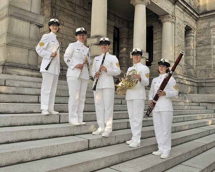 Katrina Bligh (BMus'09), left, is an oboist with the Band of the 15th Field Regiment, Royal Canadian Artillery and the Ceremonial Guard.  Photo: MARPAC Imaging Services