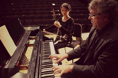 Corey Hamm and Nicole Ge Li of the Piano and Erhu Project