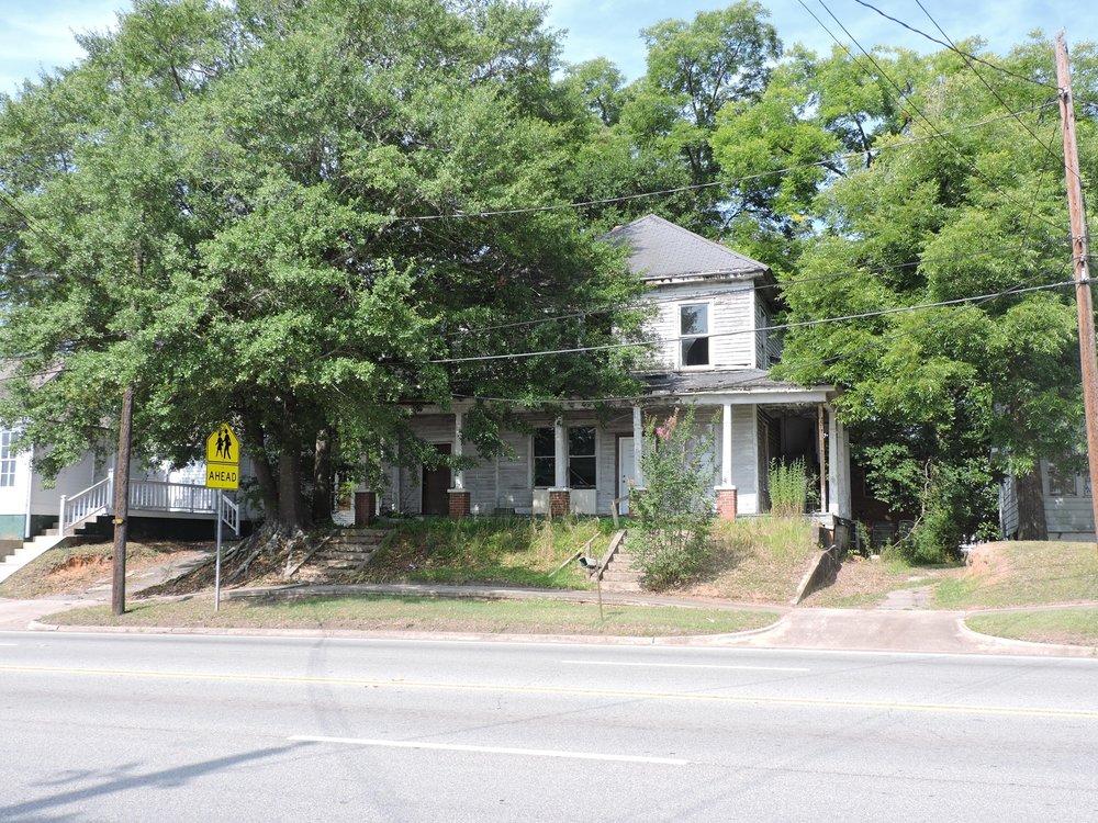220-236 E Greene St Milledgeville GA