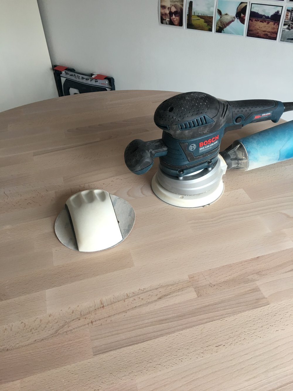 The new sander.  Bosch GEX 125-150 AVE