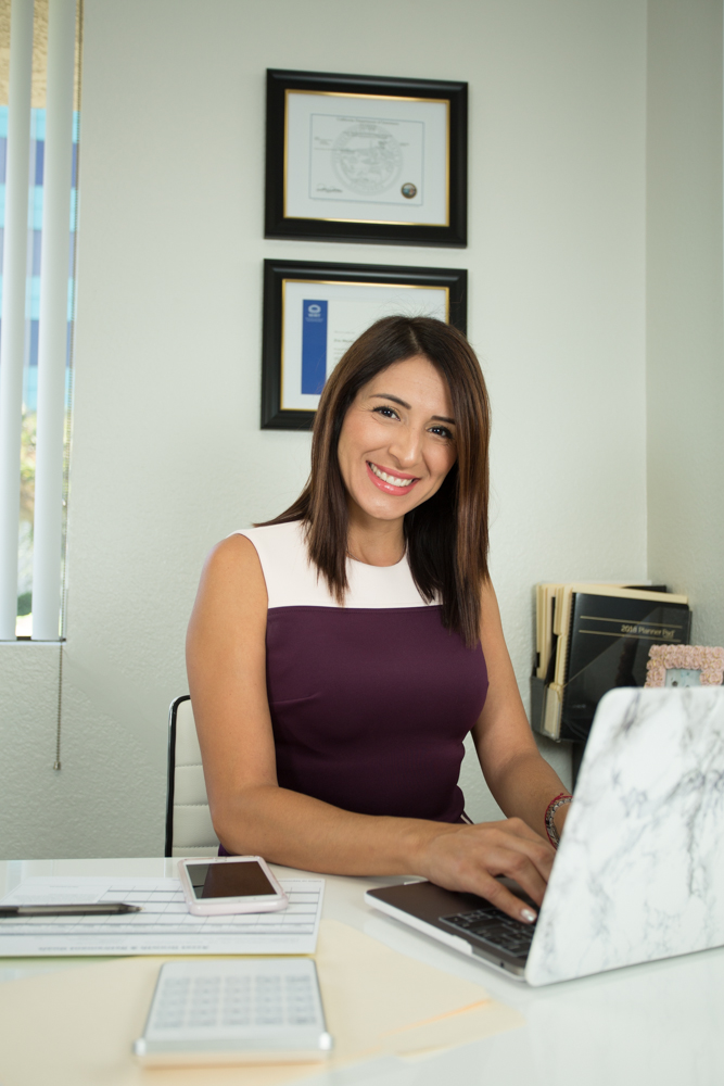 Eva-macias-financial-expert-whittier
