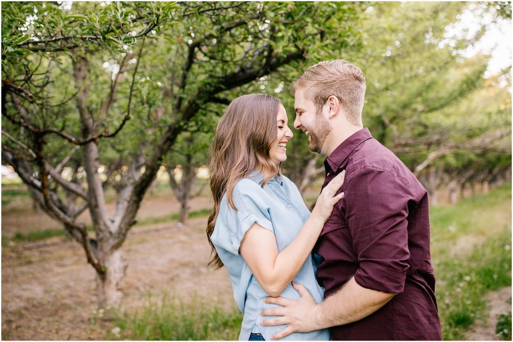 Lizzie-B-Imagery-Utah-Wedding-Photographer-Thanksgiving-Point-Payson-Temple_0156.jpg