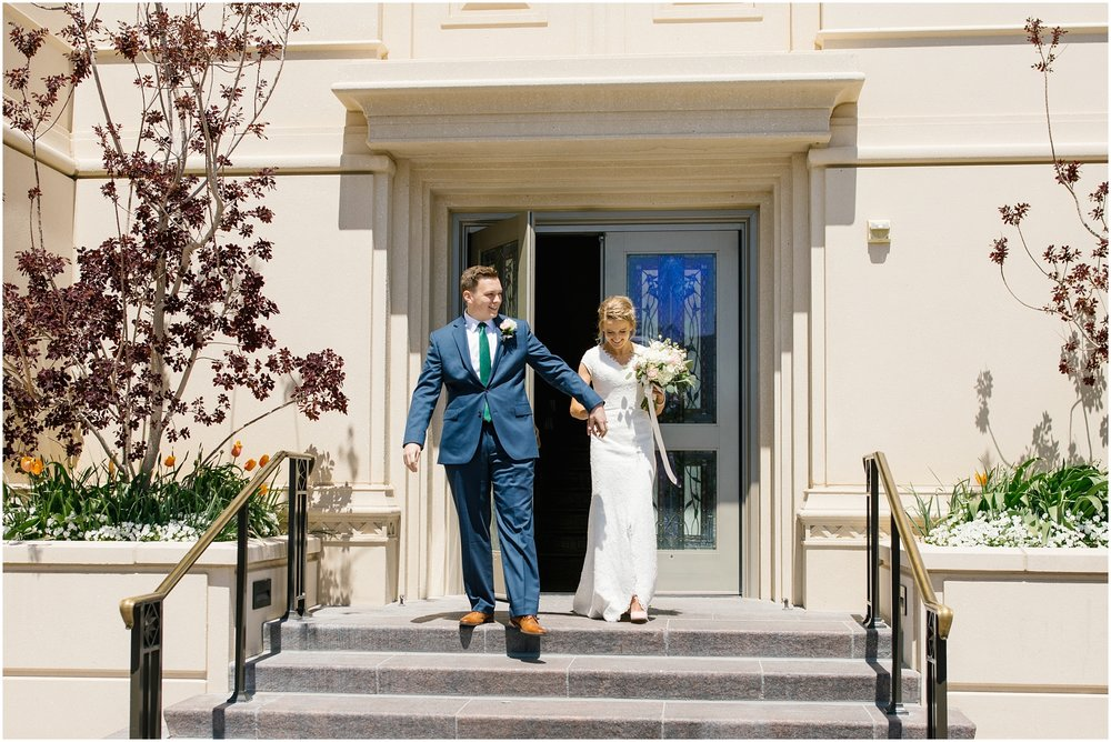 Lizzie-B-Imagery-Utah-Wedding-Photographer-Thanksgiving-Point-Payson-Temple_0028.jpg