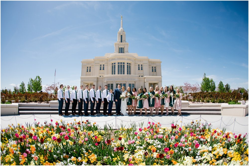 Lizzie-B-Imagery-Utah-Wedding-Photographer-Thanksgiving-Point-Payson-Temple_0049.jpg