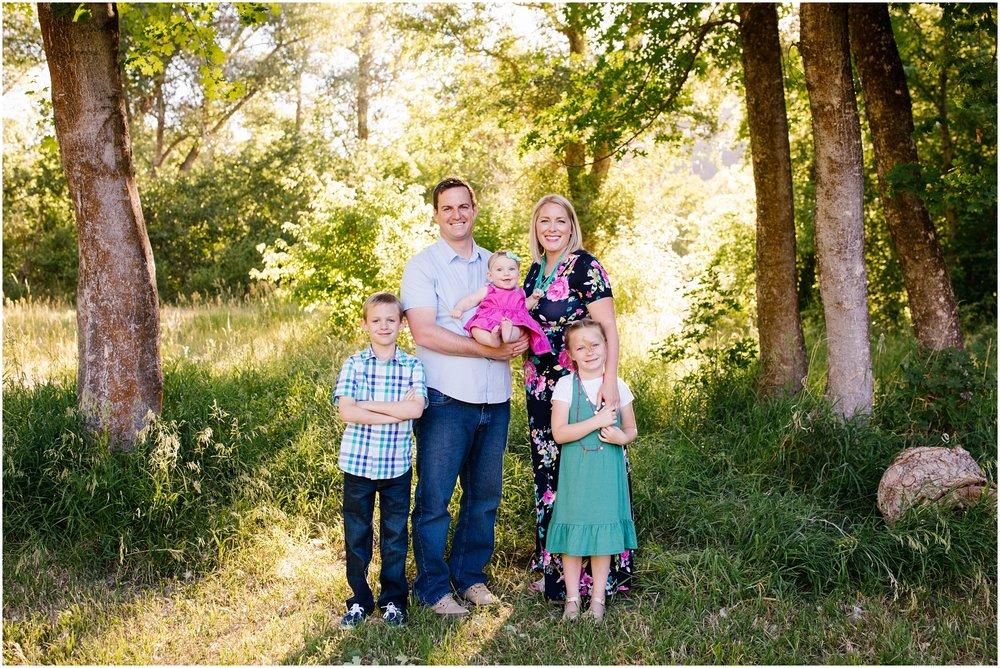 Lizzie-B-Imagery-Utah-Family-Photographer-Utah-County-Photographer-Hobble-Creek-Canyon_0002.jpg