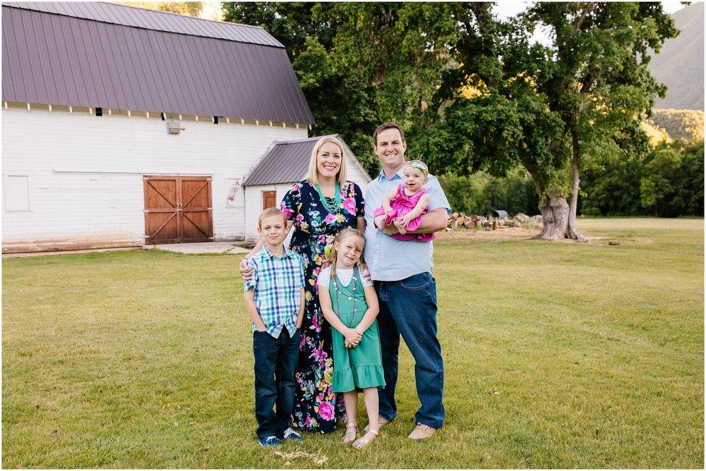 Lizzie-B-Imagery-Utah-Family-Photographer-Utah-County-Photographer-Hobble-Creek-Canyon_0018.jpg