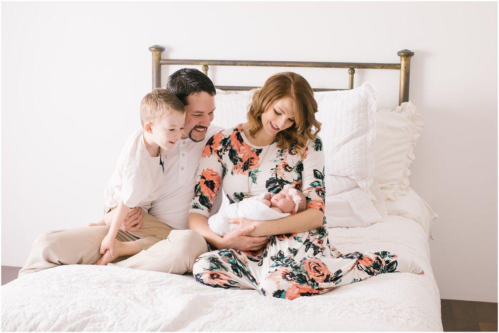 Autumn-15_Lizzie-B-Imagery-Utah-Family-Photographer-Central-Utah-Photographer-Utah-County-Newborn.jpg