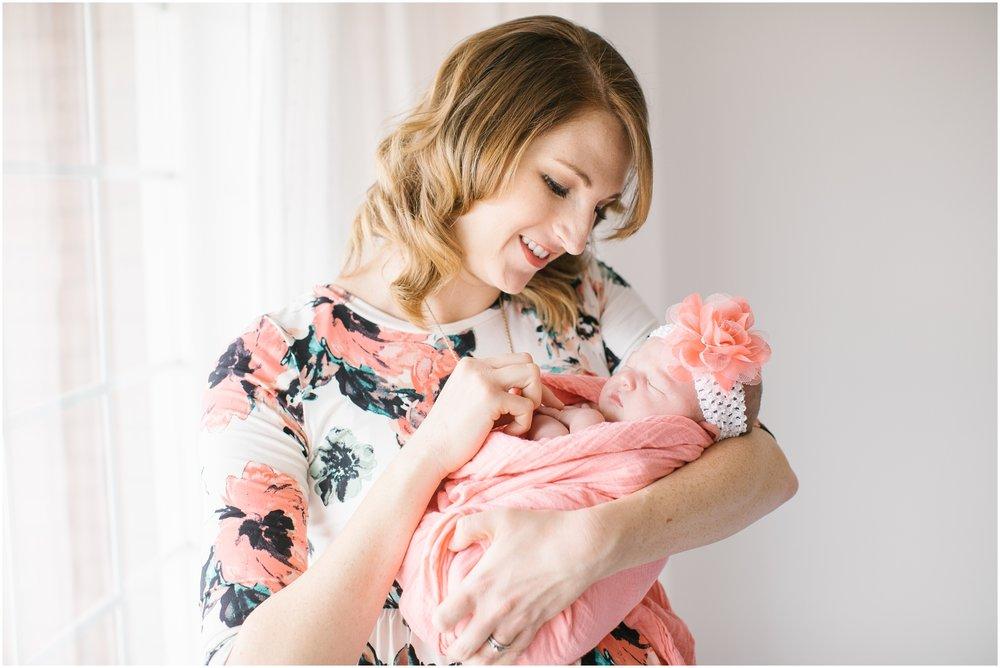 Autumn-64_Lizzie-B-Imagery-Utah-Family-Photographer-Central-Utah-Photographer-Utah-County-Newborn.jpg