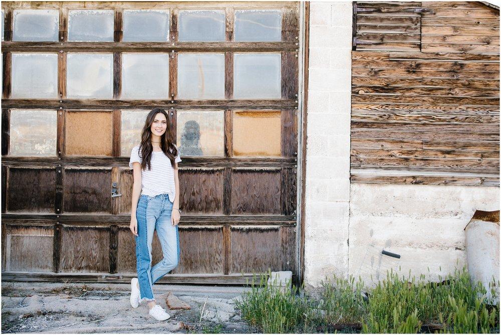 Lizzie-B-Imagery-Utah-Senior-Photographer-Central- Utah-Photographer-Utah-County_0004.jpg