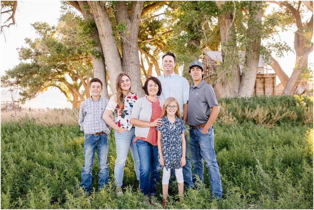 Blackburn--14_Lizzie-B-Imagery-Utah-Family-Photographer-Central-Utah-Photographer-Utah-County-Extended-Family.jpg