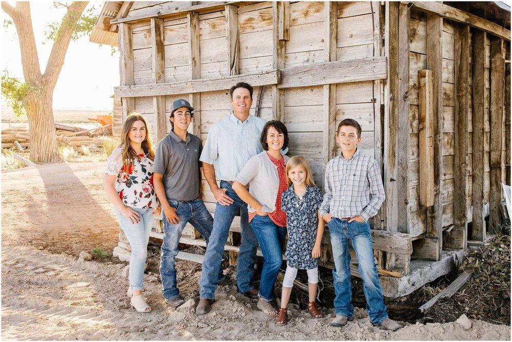 Blackburn--66_Lizzie-B-Imagery-Utah-Family-Photographer-Central-Utah-Photographer-Utah-County-Extended-Family.jpg