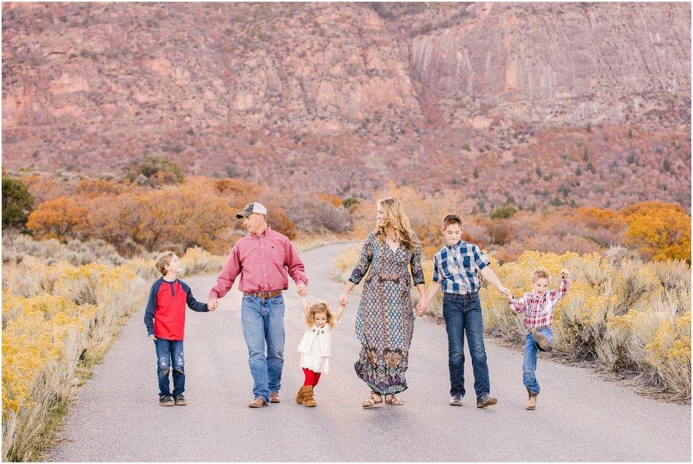 Young--82WEB_Lizzie-B-Imagery-Utah-Family-Photographer-Salt-Lake-City-Utah-County-Park-City.jpg