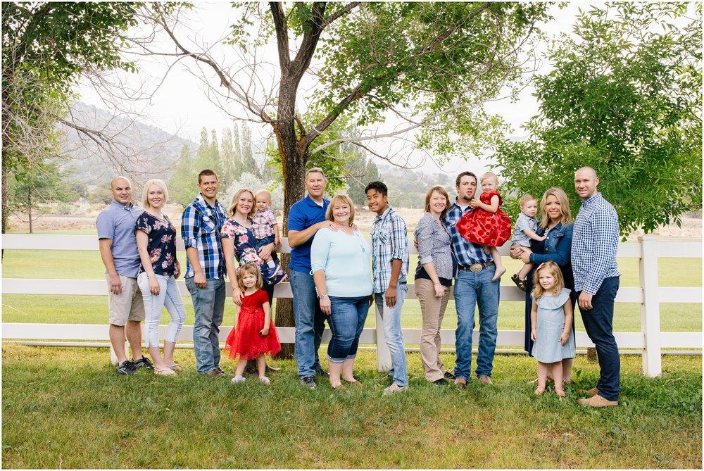Brinkerhoff-13_Lizzie-B-Imagery-Utah-Family-Photographer-Central-Utah-Photographer-Utah-County-Extended-Family-Session.jpg