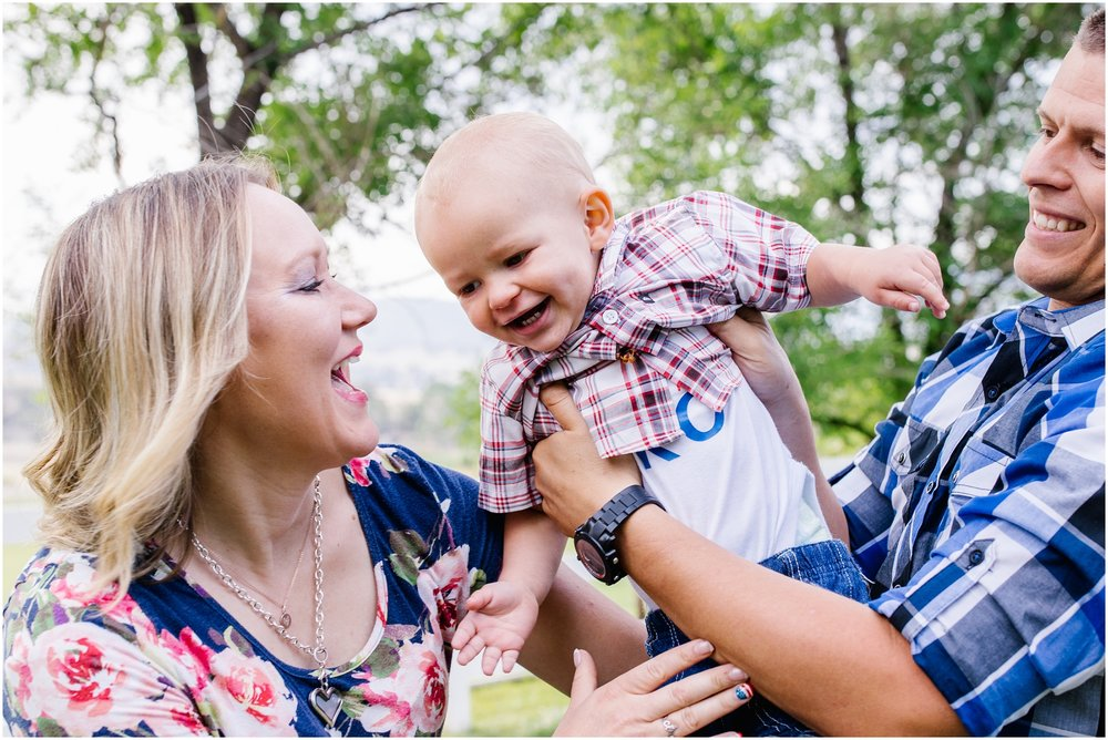 Brinkerhoff-58_Lizzie-B-Imagery-Utah-Family-Photographer-Central-Utah-Photographer-Utah-County-Extended-Family-Session.jpg