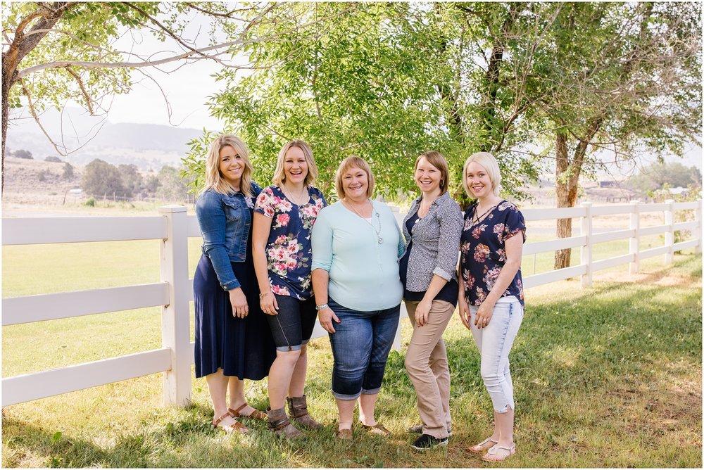 Brinkerhoff-81_Lizzie-B-Imagery-Utah-Family-Photographer-Central-Utah-Photographer-Utah-County-Extended-Family-Session.jpg