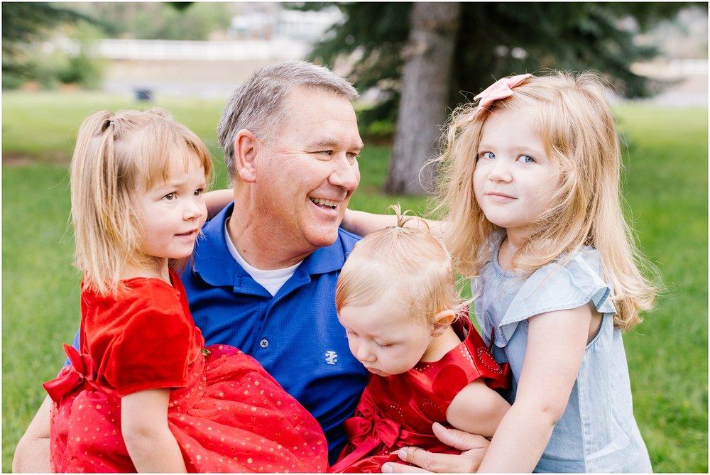 Brinkerhoff-125_Lizzie-B-Imagery-Utah-Family-Photographer-Central-Utah-Photographer-Utah-County-Extended-Family-Session.jpg
