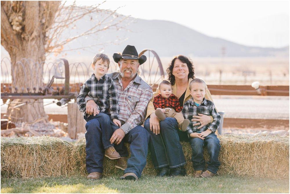 Conrad-29_Lizzie-B-Imagery-Utah-Family-Photographer-Utah-County-Central-Utah-Park-City-Extended-Family-Session.jpg