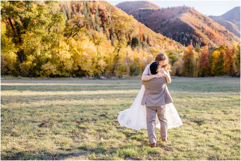 HE-BRIDALS-72_Lizzie-B-Imagery-Utah-Wedding-Photographer-Central-Utah-Park-City-Salt-Lake-City-Hobble-Creek-Canyon-Springville.jpg
