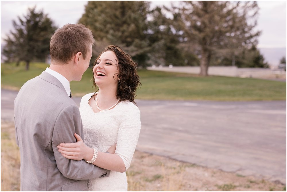 BA-Bridals-70_Lizzie-B-Imagery-Utah-Wedding-Photographer-Central-Utah-Photographer-Utah-County-Manti-Utah-Temple.jpg