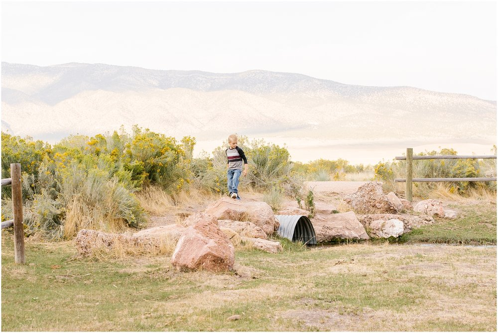 Foote-100_Lizzie-B-Imagery-Utah-Family-Photographer-Central-Utah-Park-City-Salt-Lake-City.jpg