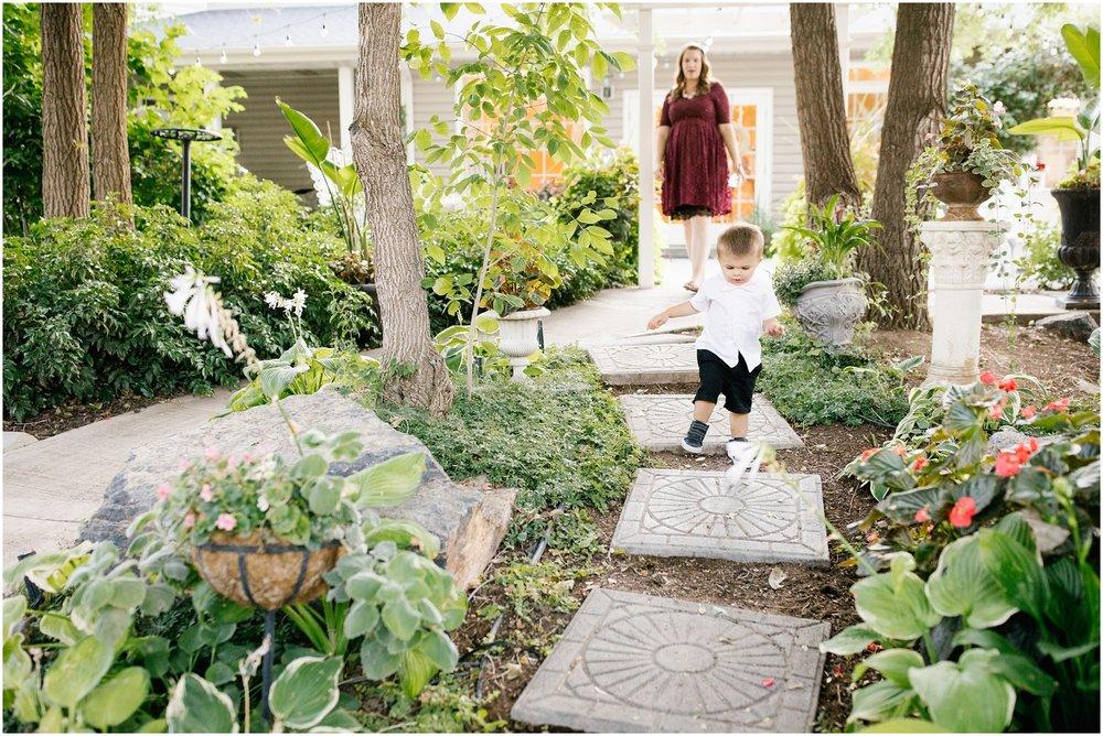 HannahChaseWedding-421_Lizzie-B-Imagery-Utah-Wedding-Photographer-Park-City-Salt-Lake-City-Payson-Temple-Clarion-Garden-Center.jpg