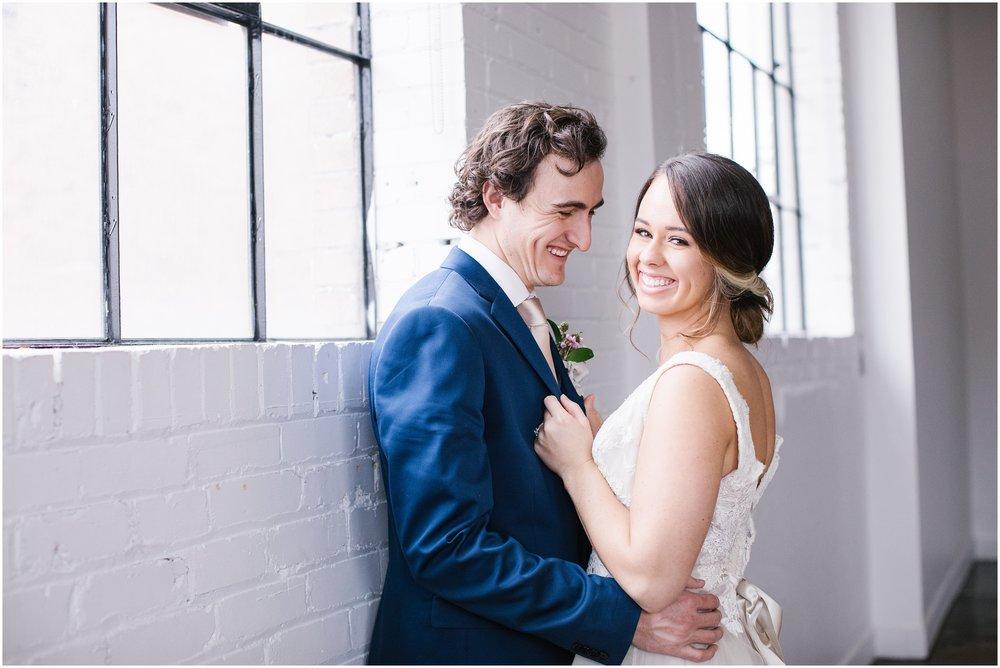 Lizzie-B-Imagery-Utah-Wedding-Photographer-Salt-Lake-City-Park-City-Utah-County_0009.jpg